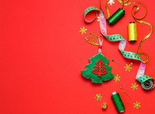 Sewing Christmas Decoration Wi...