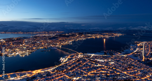 Autocollant pour porte Europe du Nord Tromso City by Night