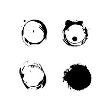 Stains From A Cup Or Bottle Of A Round Shape. Coffee Or Tea Stains In Black Color On White Background. Vector EPS 10