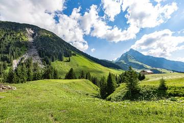 Fernwanderung am Lechweg vom Formariensee nach Füssen