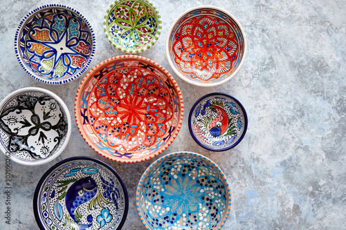 Collection of empty moroccan colorful decorative ceramic bowls Fototapet