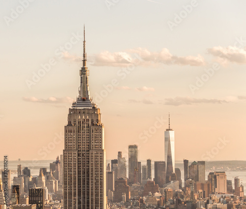 Canvas Print New york, USA - May 17, 2019: New York City skyline with the Empire State Buildi