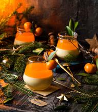 Christmas Layered Dessert Crea...