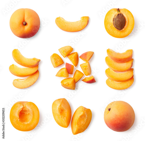 Set of fresh whole and sliced apricot Fotobehang