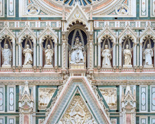 Gothic Revival FaÁade (detai