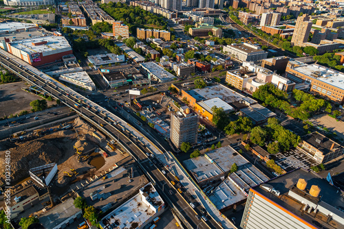 Pinturas sobre lienzo  Aerial view of the Bronx, New York City