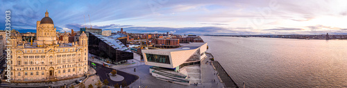 Stampa su Tela Panorama of Liverpool waterfront in the evening, Liverpool