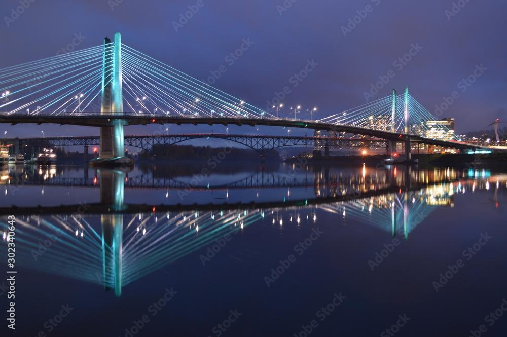 Fototapety, obrazy: Bridge City Reflection