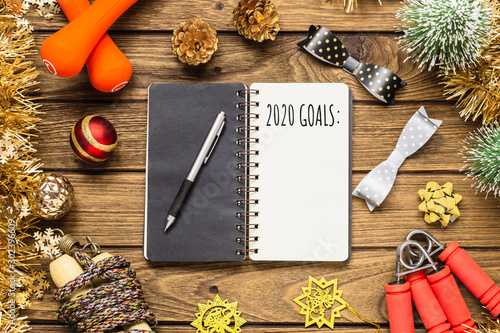 Fotomural  New year 2020 goals for healthy lifestyle, lose weight and join gym concept