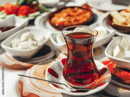 Photo Traditional turkish breakfast in warm colours