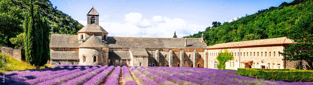 Fototapety, obrazy: Abbey of Senanque