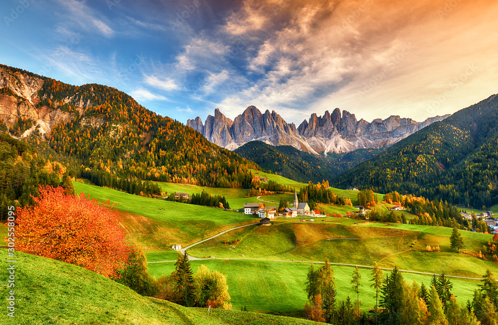 Fototapety, obrazy: Beautiful landscape of Italian dolomites - Santa maddalena