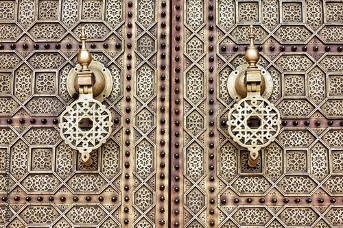 Fotografie, Tablou  Door detail near the Mausoleum of Mohammed V in Rabat, Morocco.