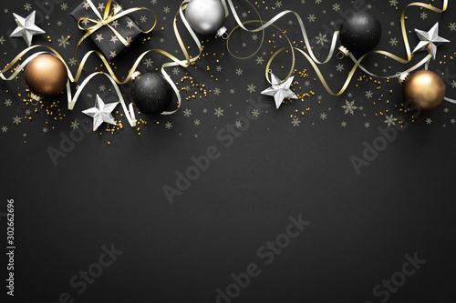 In de dag Bol Christmas golden decoration on dark background