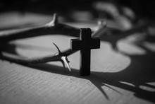 십자가,나무십자가,영광,은혜,부활절,사순절