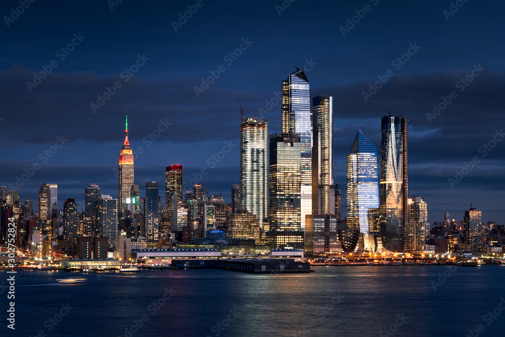 Fototapety, obrazy: New York City skyline from the Hudson River with the skyscrapers of the Hudson Yards redevelopment project. Manhattan Midtown West, NYC, NY, USA