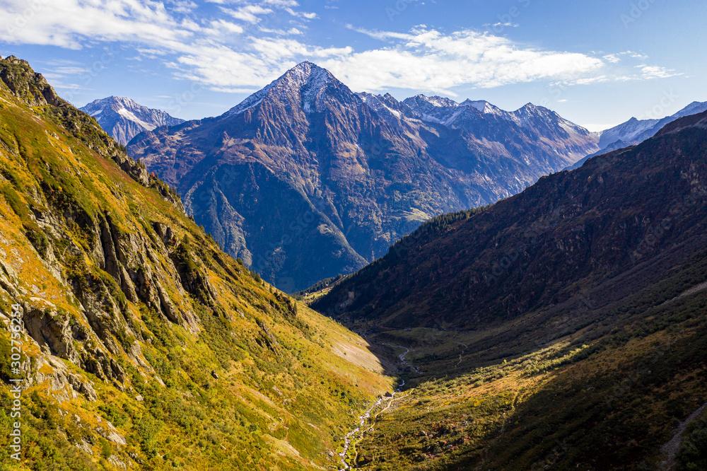 Fototapety, obrazy: Swiss Mountain