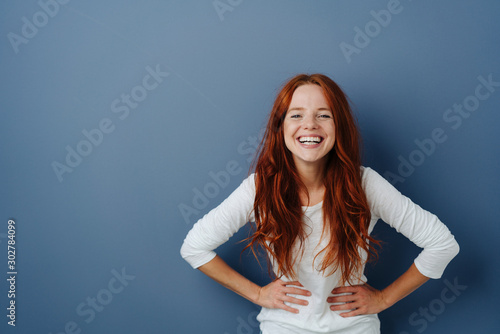 Fotografia Young woman having a good giggle