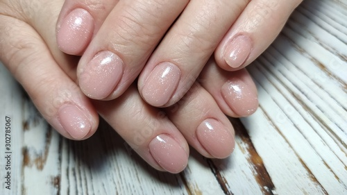 Fotomural  Glamorous luxurious crocodile manicure. Design glamorous nails