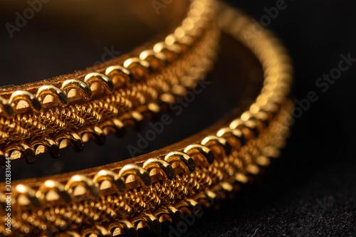Photo Gold bangles / wedding bangles / Traditional gold bangles - Indian tradition