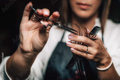 Obraz Cutting Hair in Beauty Salon - fototapety do salonu