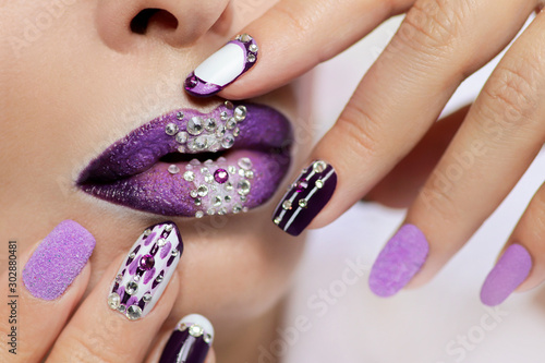 purple-and-white-nail-design-on-different-nail-length-and-shape-creative-nail-art-lip-makeup-with-rhinestones