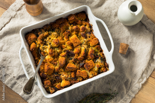 Tuinposter Brood Homemade Thanksgiving Oyster Cornbread Stuffing