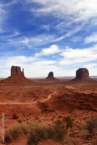 fototapeta na lodówkę The Red rock desert landscape of Monument Valley, Navajo Tribal Park in the southwest USA in Arizona and Utah, America