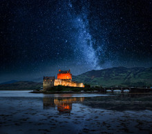 Illuminated Eilean Donan Castl...