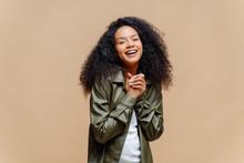 Positive Pretty Afro American ...