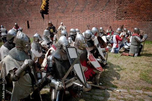 Deurstickers Paarden Średniowieczni rycerze