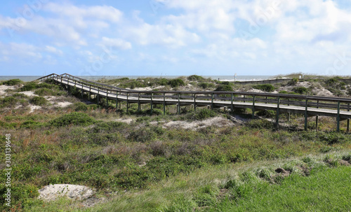Photo Peters Point Beachfront Park boardwalk, a handicapped accessible natural beach on Amelia Island, Florida