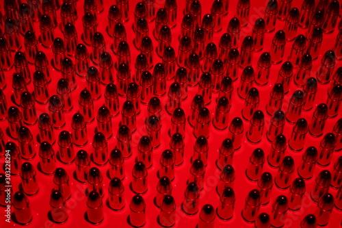 Foto Patronen/ Munition - 9mm/ 9x19 Para/ Luger - Roter Hintergrund