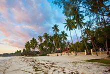 Spiaggia Zanzibarina All'alba