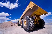 Heavy Construction Equipment D...