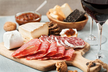 Red Wine And Charcuterie Assortment