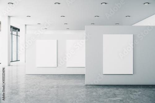 Cuadros en Lienzo  Minimalistic gallery interior with banner