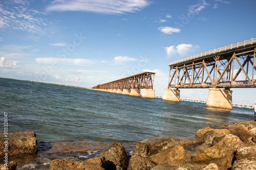 Obraz Bahia Honda Bridge - fototapety do salonu