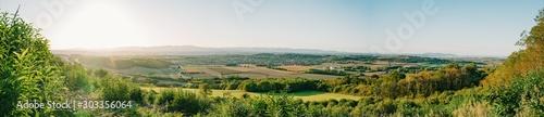 Vue sur la plaine de Communay Fototapet