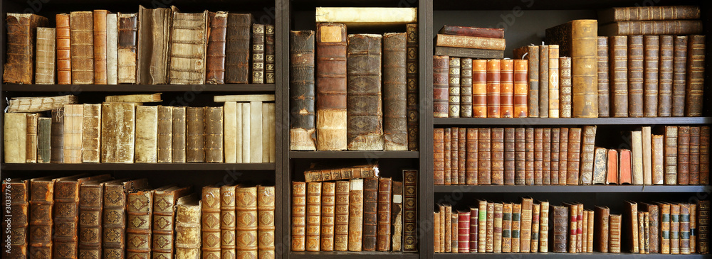 Fototapety, obrazy: old books on wooden shelf