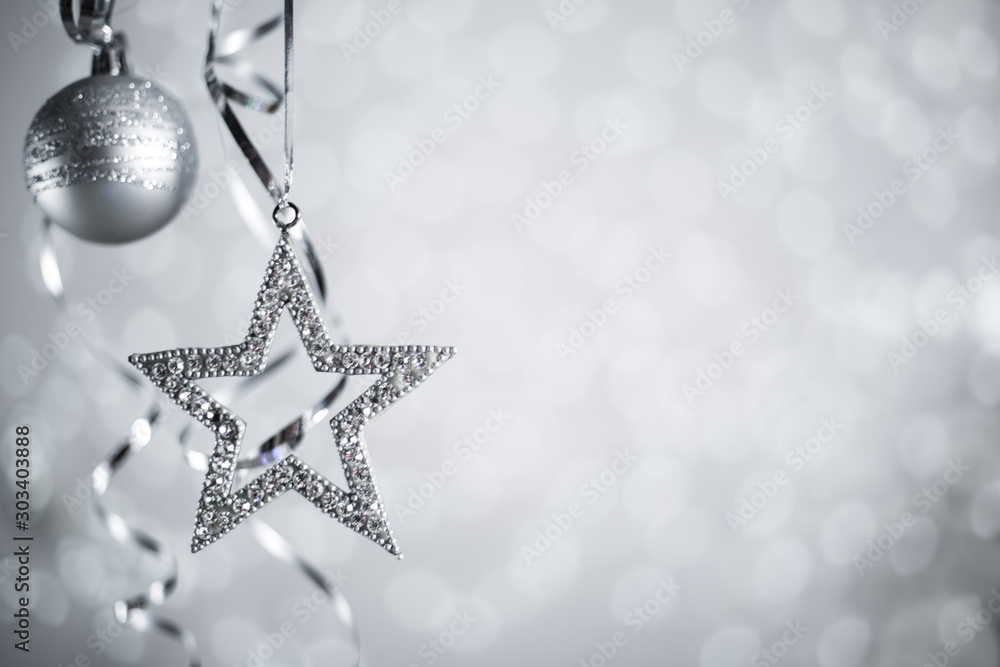 Fototapety, obrazy: Silver Christmas balls with ribbon