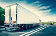 Weißer LKW auf deutscher Autobahn mit leichter Bewgungsunschärfe - White truck on german highway with motion blur