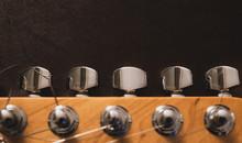 Electric Guitar Head And Tunin...