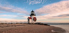 Brand Point Lighthouse, Locate...