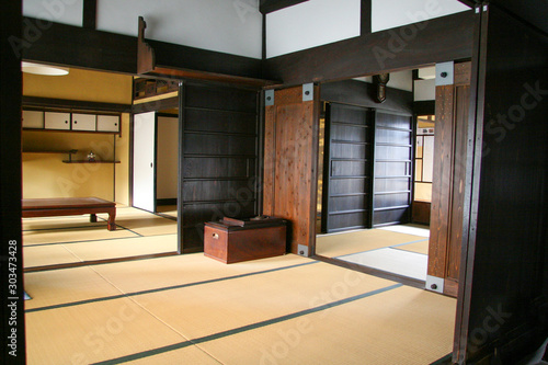 Photo 畳が敷かれた伝統的な日本の家
