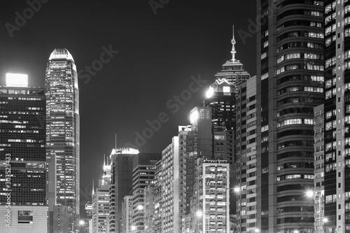 Cuadros en Lienzo  Skyline of midtown of Hong Kong city at night