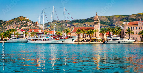 Papiers peints Navire Stunning summer cityscape of Trogir town. Impressive morning seascape of Adriatic sea. Beautiful world of Mediterranean countries. Traveling concept background.