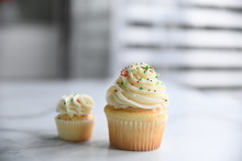 Christmas Cupcake With Frosting