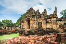 Ancient Khmer Temple Prasat Mu...
