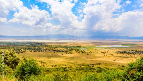 Canvas Panorama of Ngorongoro crater National Park with the Lake Magadi